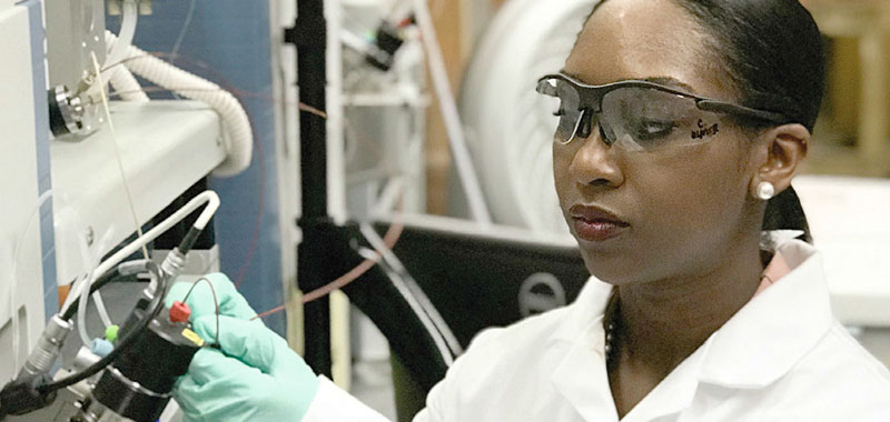 McKnight alumna Dr. Candice Ulmer in the lab